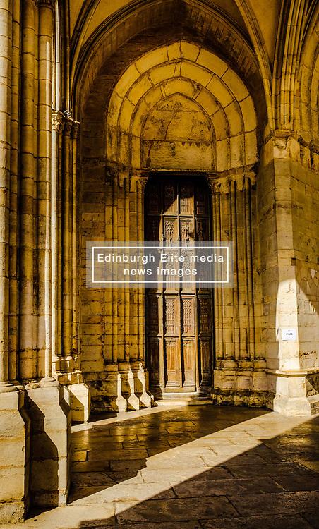Entrance door of the Notre Dame church in Beaune, Burgundy, France<br /> <br /> (c) Andrew Wilson   Edinburgh Elite media