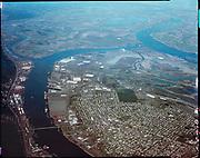 "ackroyd_C05218-2. ""Rivergate. aerials. Februayr 9, 1981"" (old Oregon Shipyard site, St. Johns, DEQ Site ID 2355, International Terminals, North Burgard Industrial Park, Old Oregon Shipyard, Schnitzer Burgard Industrial Park)"