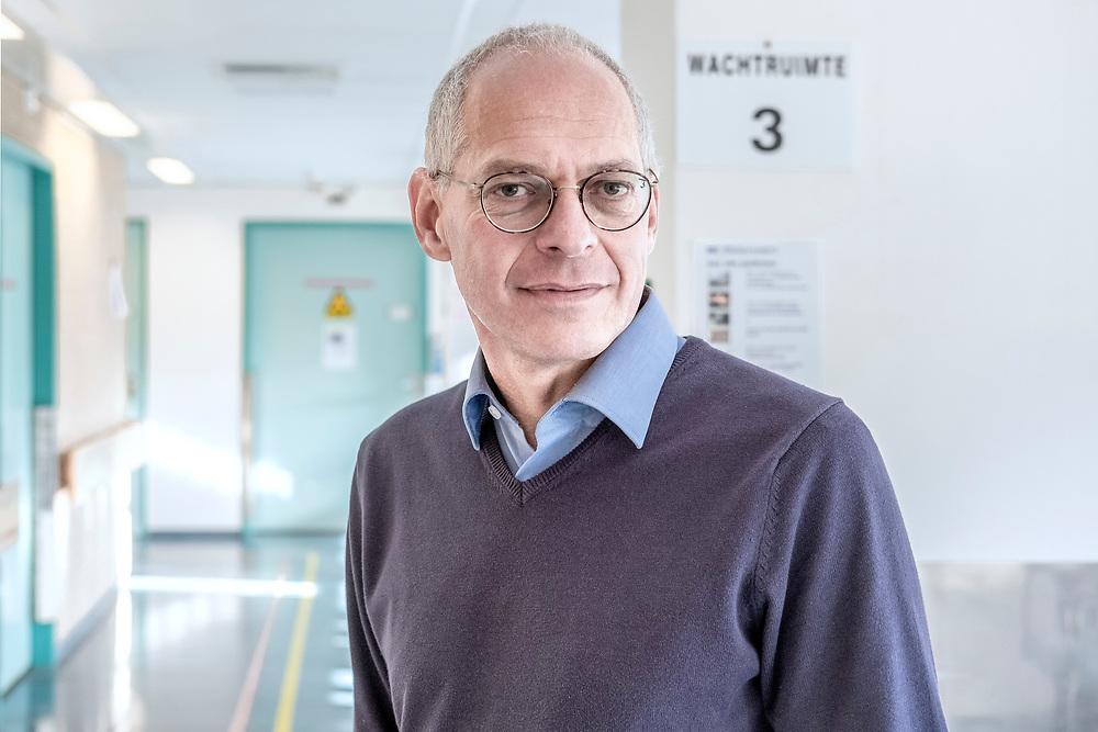 Nederland. Amsterdam, 02-011-2018. Photo: Patrick Post. Portret van oncoloog Marcel Soesan, arts in MC Slotervaart.