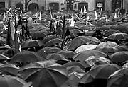 Wiec 1-majowy na rynku w Krakowie, Lata 80. XX wieku