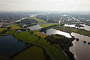 Nederland, Gelderland, Arnhem, 03-10-2010; kleiputten in Meinerswijk, gezien naar het oosten met de wijk Malburgen. .Meinerswijk, clay pits, wit thé Malburgen district.luchtfoto (toeslag), aerial photo (additional fee required) foto/photo Siebe Swart