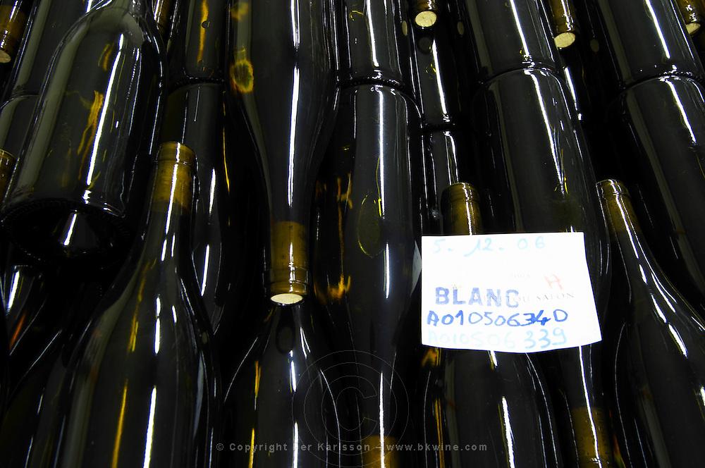 Bottle aging. Domaine Henry Pelle, Menetou Salon, Loire, France
