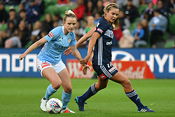 November 16, 2018 - Melbourne, Victoria, Australia - RHALI DOBSON (11) of Melbourne City runs with the ball in round 3 of the W-League competition between Melbourne City and Melbourne Victory during the 2018 season at AAMI Park, Melbourne, Australia. The Westfield W-League is Australia's national women's semi-professional soccer league. Melbourne Victory won 2-0. (Credit Image: © Sydney Low/ZUMA Wire)