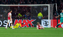 08-05-2019 NED: Semi Final Champions League AFC Ajax - Tottenham Hotspur, Amsterdam<br /> After a dramatic ending, Ajax has not been able to reach the final of the Champions League. In the final second Tottenham Hotspur scored 3-2 / Lisandro Magallan #16 of Ajax, Andre Onana #24 of Ajax, Frenkie de Jong #21 of Ajax, Ben Davies #33 of Tottenham Hotspur