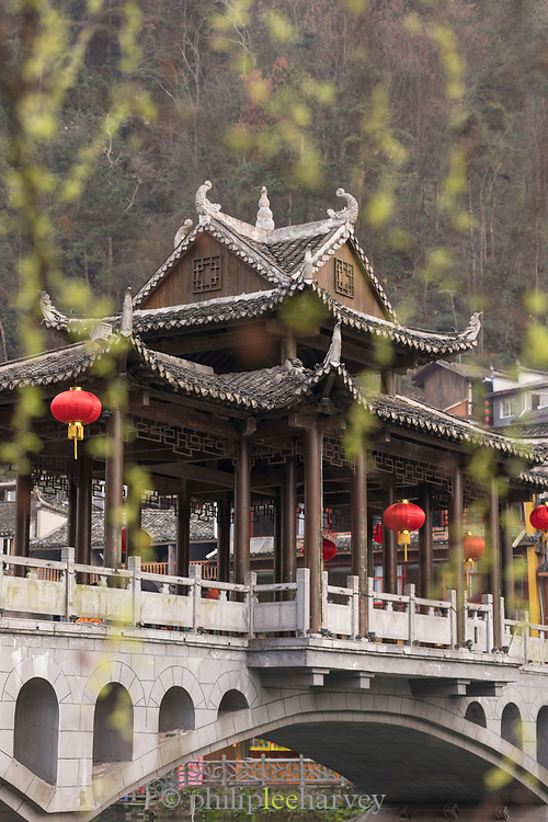View of the Wind Bridge and the architecture of the ancient Chinese town of Fenghuang, Hunan Province, China