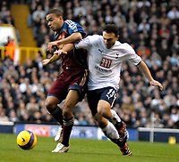 Photo: Ed Godden/Sportsbeat Images.<br /> Tottenham Hotspur v Newcastle United. The Barclays Premiership. 14/01/2007. Spurs' Steed Malbranque (R), is kept off the ball by Kieron Dyer.