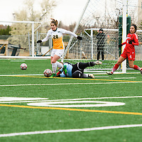 3rd year forward Sydney Langen (28) of the Regina Cougars in action during the Women's Soccer home game on October 21 at U of R Field. Credit: Arthur Ward/Arthur Images
