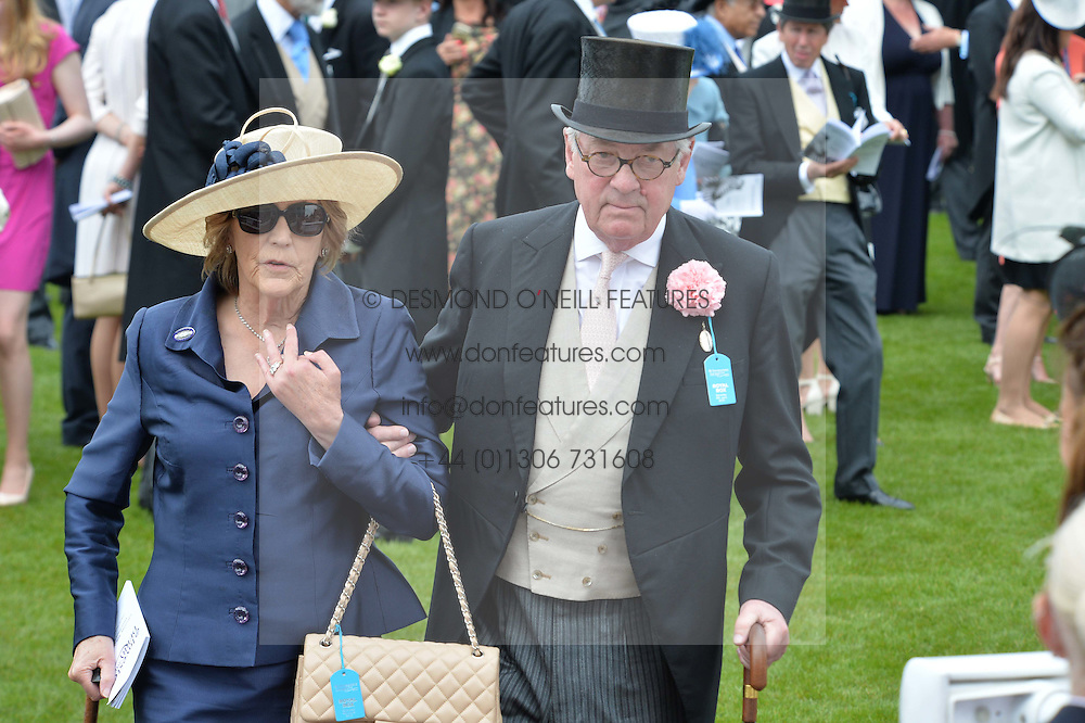 LORD & LADY VESTEY at the Investec Derby at Epsom Racecourse, Epsom, Surrey on 4th June 2016.