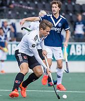 AMSTELVEEN -  Teun Kropholler (Amsterdam)      tijdens   hoofdklasse hockeywedstrijd mannen,  AMSTERDAM-PINOKE (1-3) , die vanwege het heersende coronavirus zonder toeschouwers werd gespeeld.  COPYRIGHT KOEN SUYK