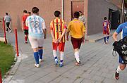 Nederland, Nijmegen, 20-8-2013Jonge voetballers van een amateurvereniging lopen na de training naar de kleedkamer.Foto: Flip Franssen/Hollandse Hoogte
