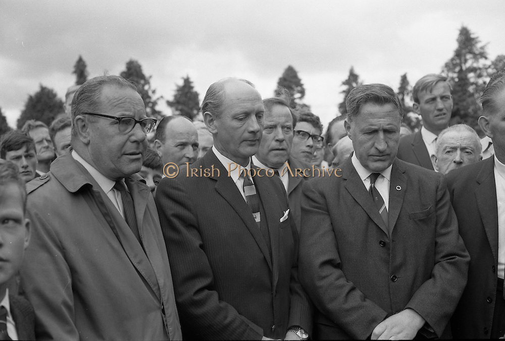 An Taoiseach Jack Lynch was at Bodenstown cemetery for the Fianna Fáil Wolfe Tone Commemoration ceremony. Picture shows D. Harris, member of the National Executive of Fianna Fail; An Taoiseach Jack Lynch; P.J. Rourke, Chairman of Dublin County Council; and Kevin Boland, Minister for Local Government.<br /> 23.06.1968