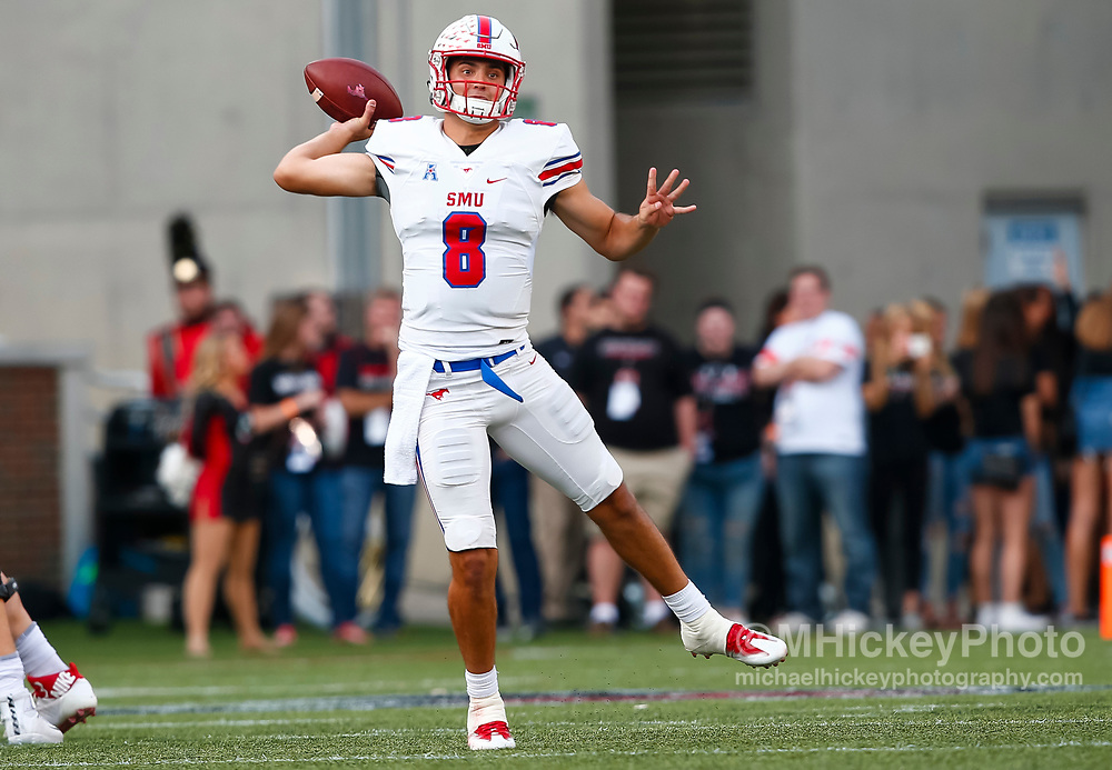 CINCINNATI, OH - OCTOBER 21: Ben Hicks #8 of the Southern Methodist Mustangs scrambles out of the pocket to pass during the game against the Cincinnati Bearcats at Nippert Stadium on October 21, 2017 in Cincinnati, Ohio. (Photo by Michael Hickey/Getty Images) *** Local Caption *** Ben Hicks
