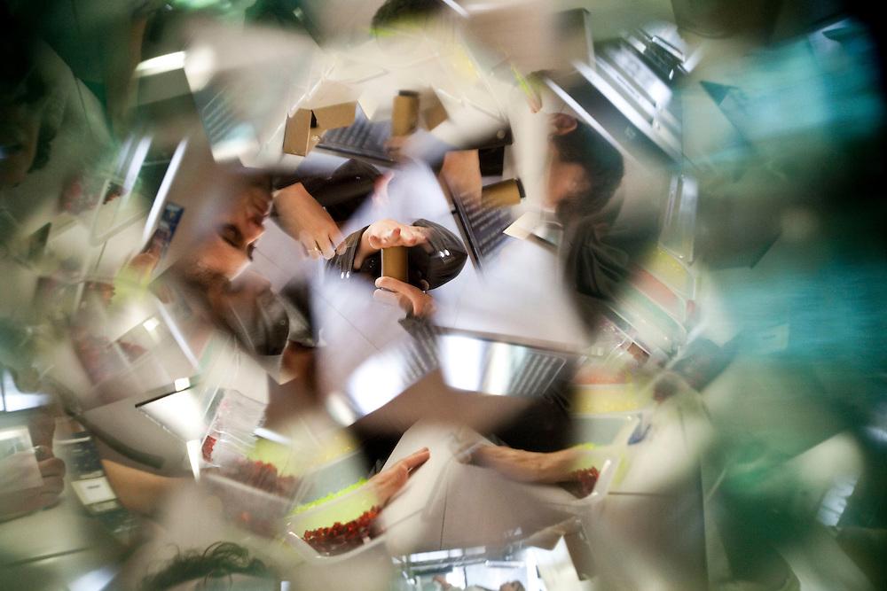 Nova Lima_MG, Brasil...Efeito visual de um caleidoscopio...Vision of Kaleidoscope...Foto: NIDIN SANCHES / NITRO