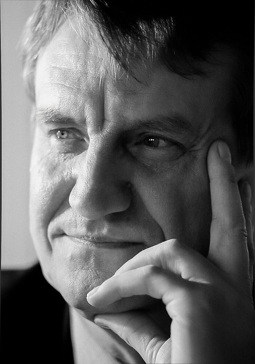14/11/00<br /> ALAN WOOD. NEW DIRECTOR OF EDUCATION IN HACKNEY.<br /> <br /> PHOTO-JACKY CHAPMAN