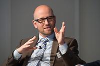 """13 JUN 2012, BERLIN/GERMANY:<br /> Dr. Peter Tauber, CDU, MdB, Mitglied der Internet-Enquetekommission, CDU/CSU, Diskussionsveranstaltung """"Neue Prespektiven im Urheberrecht"""", Verband Privater Rundfunk und Telemedien e.V., vprt, Bertelsmann-Repräsentanz<br /> IMAGE: 20120613-01-211"""