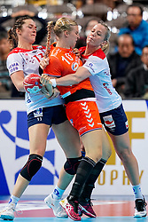 06-12-2019 JAP: Norway - Netherlands, Kumamoto<br /> Last match groep A at 24th IHF Women's Handball World Championship. / The Dutch handball players won in an exciting game of fear gegner Norway and wrote in the last group match at the World Handball  World Championship history (30-28). / Danick Snelder #10 of Netherlands, Kari Skaar Brattset #13 of Norway, Heidi Loke #6 of Norway