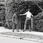 NLD/Bussum/19900505 - Bommelding Burgemeester Jacoblaan 27 Bussum, loos alarm