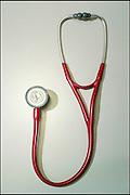 Nederland, Nijmegen, 26-6-2003..Stethoscoop, arts, gezondheid onderzoek, medisch beroep, hartslag, longonderzoek...Foto: Flip Franssen