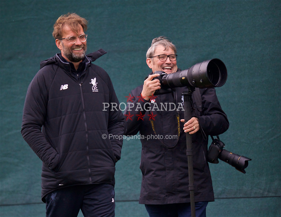 LIVERPOOL, ENGLAND - Monday, April 9, 2018: Liverpool's manager Jürgen Klopp and photographer John Powell during a training session at Melwood Training Ground ahead of the UEFA Champions League Quarter-Final 2nd Leg match between Manchester City FC and Liverpool FC. (Pic by David Rawcliffe/Propaganda)