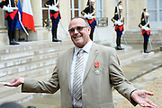 French President Hollande presents three Americans and a British grandfather who tackled Paris train terrorist with France's highest honour for bravery for preventing 'carnage'<br /> <br /> Three Americans and a British grandfather who prevented 'carnage' by tackling the French train terrorist have been awarded France's highest honour for bravery.<br /> U.S. Airman Spencer Stone, National Guardsman Alek Skarlatos, their friend Anthony Sadler and Briton Chris Norman were presented with the Legion d'Honneur at the Elysee Palace in Paris.<br /> French President Francois Hollande, who pinned on their medals, praised the men for taking action in the face of terrorism.<br /> The ceremony was held as the first heroic passenger who wrestled a machine gun from the terrorist was today revealed to be an American professor.<br /> <br /> Mark Moogalian, an academic at the University of Paris, was shot in the neck as he fought with Ayoub El-Khazzani on board the high-speed service from Amsterdam to Paris.<br /> The other four men then stepped in to overpower the attacker and tie him up.<br /> Speaking at the medal ceremony, Mr Hollande told Mr Stone and Mr Skarlatos that while they may have been soldiers on that day 'you were simply passengers. You behaved as soldiers but also as responsible men.'<br /> <br /> Photo shows: French President Francois Hollande awards British businessman Chris Norman with the Legion d'Honneur<br /> ©Exclusivepix Media