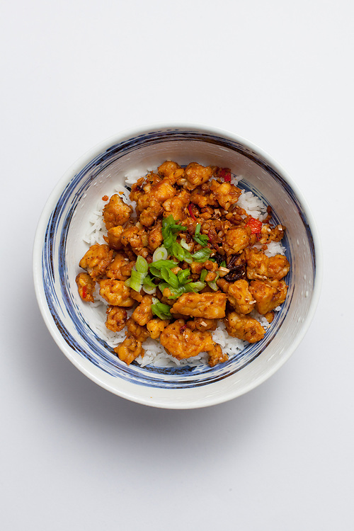 Sticky Ginger Tempeh over rice from the fridge (m€) - COVID-19 Social Distancing