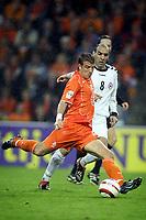 Fotball<br /> VM-kvalifisering<br /> Nederland v Armenia<br /> 30. mars 2005<br /> Foto: Digitalsport<br /> NORWAY ONLY<br /> rafel van der vaart