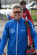 De Hollandse 100 op FlevOnice, een sportief evenement ter ondersteuning van onderzoek naar lymfeklierkanker. Een oer-Hollandse duatlon bestaande uit twee onderdelen: schaatsen en fietsen. <br /> <br /> The Dutch 100 on FlevOnice, a sporting event to support research into lymphoma. A traditional Dutch duathlon consisting of two components: skating and cycling.<br /> <br /> Op de foto: