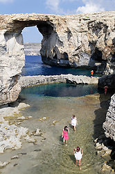 Zerka Tor, Azur Windwow and Blue Hole with people, Gozo, Malta, Sued Europa, Mittelmeer, Mare Mediterraneum, Sotuh Europe, Mediterranean Sea