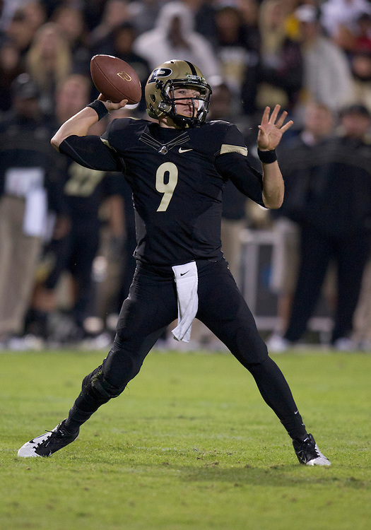 October 01, 2011:  Purdue quarterback Robert Marve (#9) throws pass during NCAA Football game action between the Notre Dame Fighting Irish and the Purdue Boilermakers at Ross-Ade Stadium in West Lafayette, Indiana.  Notre Dame defeated Purdue 38-10.