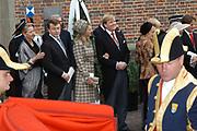 Zijne Hoogheid Prins Floris van Oranje Nassau, van Vollenhoven en mevrouw mr. A.L.A.M. Söhngen zijn zaterdag 22 oktober in de kerk van Naarden in het  huwelijk getreden. De prins is de jongste zoon van Prinses Magriet en Pieter van Vollenhoven.<br /> <br /> Church Wedding Prince Floris and Aimée Söhngen. <br /> <br /> Church Wedding Prince Floris and Aimée Söhngen in Naarden. The Prince is the youngest son of Princess Margriet, Queen Beatrix's sister, and Pieter van Vollenhoven. <br /> <br /> Op de foto / On the photo;<br /> <br /> The Dutch Royal Family