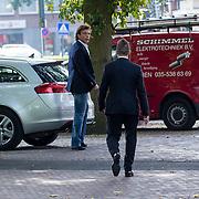 NLD/Laren/20130102 - Uitvaart John de Mol Sr., Johnny de Mol en zijn vader John de Mol
