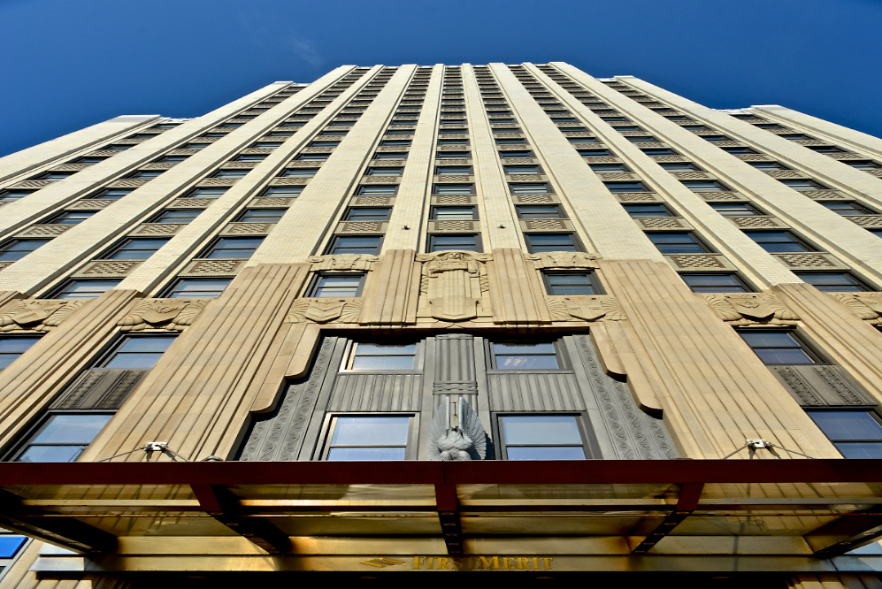 Ground level view of the First Merit Tower in downtown Akron.