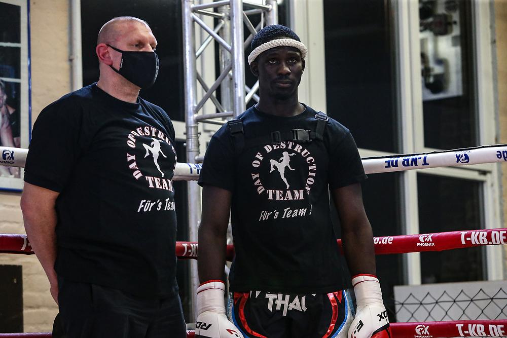 Muay Thai: Day of Destruction XIV, Hamburg, 12.12.2020<br /> IMC-Weltmeisterschaft: Gerardo Coco Atti (GER) - Kim Jensen (DEN)<br /> © Torsten Helmke