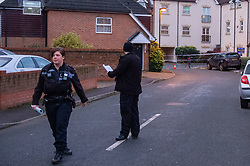 © Licensed to London News Pictures. 05/01/2020. Slough, UK. Thames Valley Police at a suspected murder scene in Slough, local residents reported that a teenage boy was stabbed on the evening of Saturday 4th January and rushed to Wexham Park hospital where he later died. Photo credit: Peter Manning/LNP