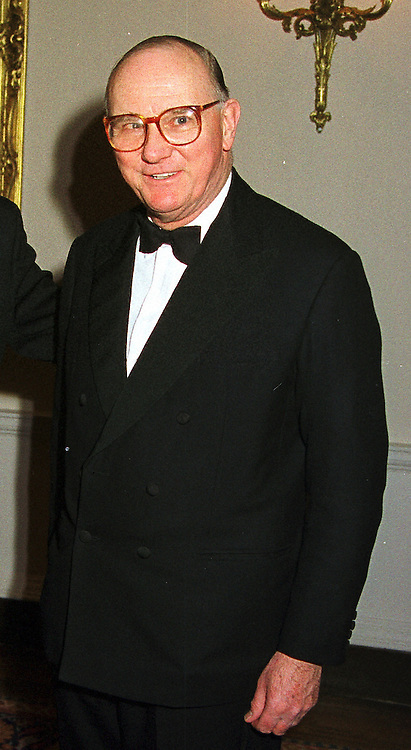 SIR JOHN KEMP-WELSH Chairman of the London Stock Exchange, at a party in London on 6th December 1999.MZS 28 MORO