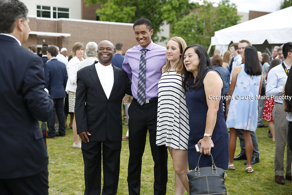 SHOT 6/1/16 6:34:00 PM - Colorado Academy Senior Class portrait in front of the Wellborn House and Class of 2016 Commencement Dinner at the Denver, Co. private school. (Photo by Marc Piscotty / © 2016)