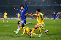 Mohamed Salah of Chelsea is challenged by Andre Carrillo of Sporting - Photo mandatory by-line: Rogan Thomson/JMP - 07966 386802 - 10/12/2014 - SPORT - FOOTBALL - London, England - Stamford Bridge - Sporting Clube de Portugal - UEFA Champions League Group G.