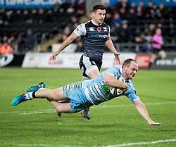Nick Grigg of Glasgow Warriors scores his sides fourth try<br /> <br /> 2nd November, Liberty Stadium , Swansea, Wales ; Guinness pro 14's Ospreys Rugby v Glasgow Warriors ;  <br /> <br /> Credit: Simon King/News Images<br /> <br /> Photographer Simon King/Replay Images<br /> <br /> Guinness PRO14 Round 8 - Ospreys v Glasgow Warriors - Friday 2nd November 2018 - Liberty Stadium - Swansea<br /> <br /> World Copyright © Replay Images . All rights reserved. info@replayimages.co.uk - http://replayimages.co.uk