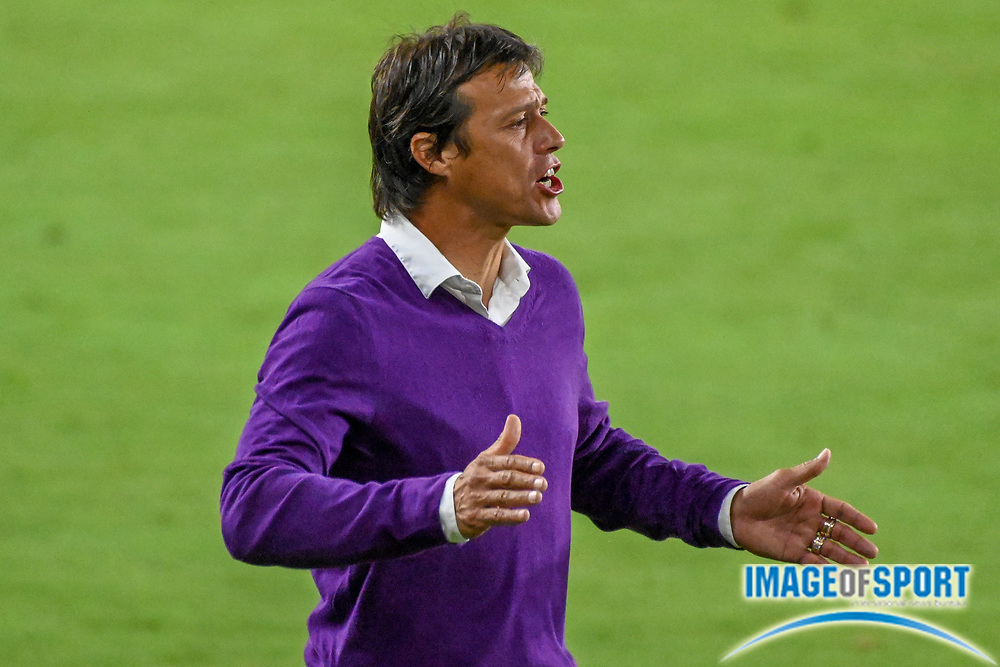 San Jose Earthquakes head coach Matías Almeyda during a MLS soccer game, Sunday, Sept. 27, 2020, in Los Angeles. The San Jose Earthquakes defeated LAFC 2-1.(Dylan Stewart/Image of Sport)