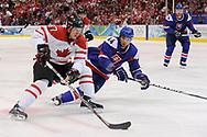 Sidney Crosby gegen Andrej Sekera (SVK)