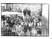 Neighbourhood residents outside P.S.115 in Washington Heights 586 W.176st waiting for Hillary Clinton to leave Jan 26 '93© Copyright Photograph by Dafydd Jones 66 Stockwell Park Rd. London SW9 0DA Tel 020 7733 0108 www.dafjones.com