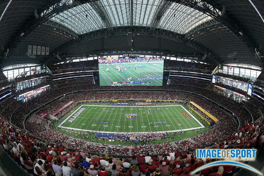 Sep 3, 2016; Arlington, TX, USA; General view of the game between the Alabama Crimson Tide and USC Trojans at AT&T Stadium.