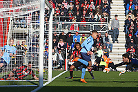 Football - 2017 / 2018 Premier League - AFC Bournemouth vs. Newcastle United<br /> <br /> Dwight Gayle of Newcastle United back heels Newcastle in to the lead at Dean Court (Vitality Stadium) Bournemouth <br /> <br /> COLORSPORT/SHAUN BOGGUST