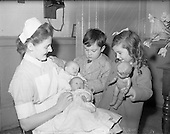 1960 - 29/02 Leap-Year Twins B322-2452.jpg Twin Babies