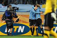 FOOTBALL - FIFA WORLD CUP 2010 - 1/2 FINAL - URUGUAY v NETHERLANDS - 6/07/2010 - JOY DIEGO FORLAN (URU) AFTER HIS GOAL<br /> PHOTO FRANCK FAUGERE / DPPI
