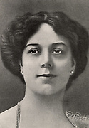 Clara Butt (1872-1936) celebrated English contralto born at Southwick near Brighton, Sussex. She made her debut in 1892.  In 1920 she was created Dame Commander of the British Empire (DBE) for the work she did entertaining the troops during her career.  Clara Butt in 1905. From 'The Strand Magazine' (London, 1905).