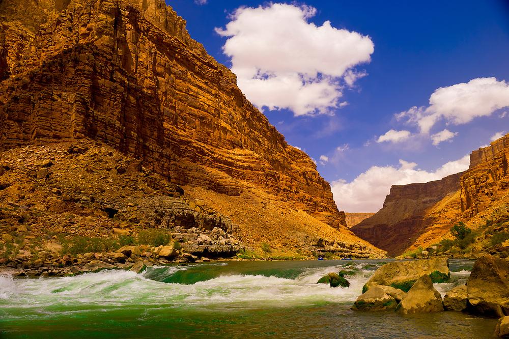 Whitewater rafting, 24 Mile Rapid, Marble Canyon, Grand Canyon National Park, Arizona USA