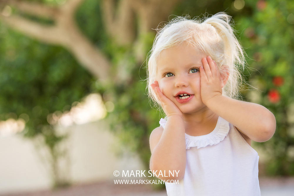 Corporate Photography  <br /> by Mark Skalny <br /> 1-888-658-3686  <br /> www.markskalny.com<br /> #MSP1207