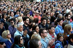 manifestazione a Brindisi in Piazza Vittoria dopo l'attentato davanti all''istituto professionale Morvillo-Falcone Brindisi