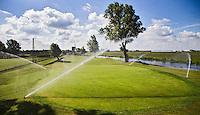 NOORDWIJK - Golfcentrum Noordwijk. Vernieuwde hole 8  met sproeiers.COPYRIGHT KOEN SUYK